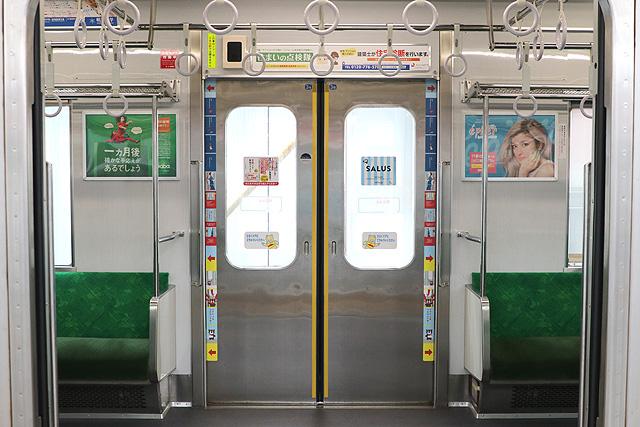 東急9020系 客用ドア、防犯カメラ