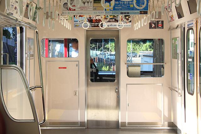 京急1000形(16次車) 乗務員室背面