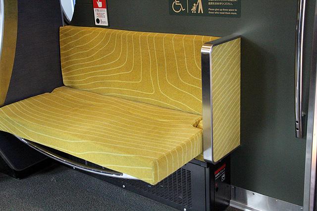 叡電デオ730形「ひえい」 車いすスペース、折り畳み座席