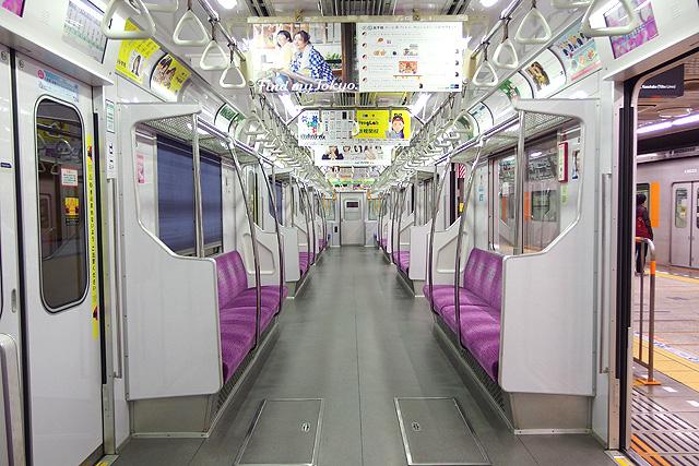 東京メトロ8000系(後期修繕車)車内デザイン