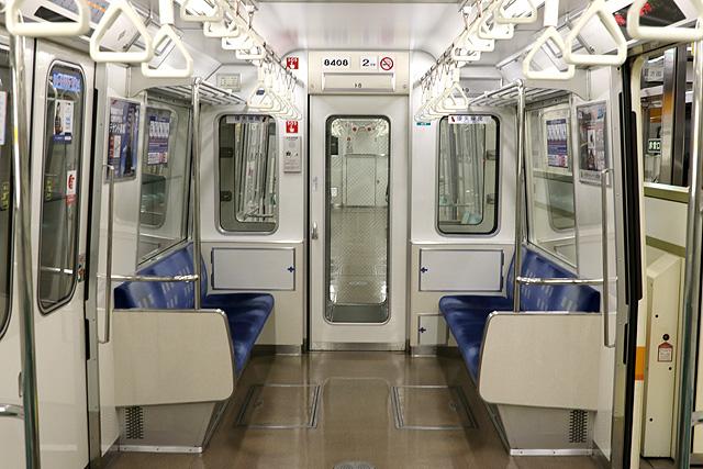 Osaka Metro 80系 貫通路