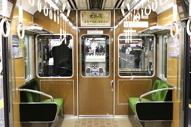 阪急7000系(VVVF化リニューアル車)乗務員室背面