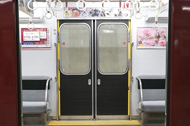 近鉄2800系AX17編成(B更新車)客用ドア
