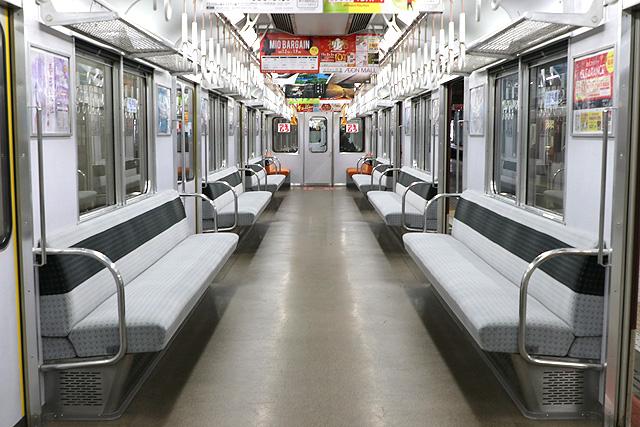 近鉄2430系(B更新車)車内デザイン