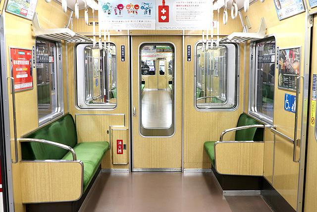 神戸電鉄5000系 貫通路