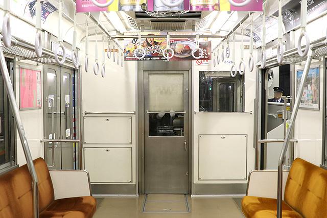 東急8500系(更新車)乗務員室背面
