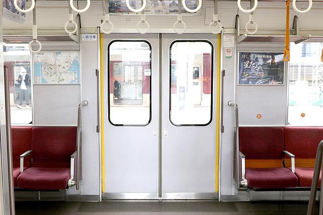 近鉄3220系 客用ドア