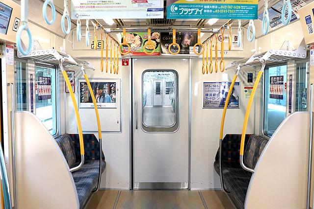 小田急1000形(リニューアル車)貫通路