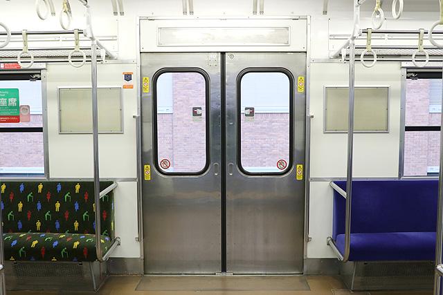 JR西日本103系(R1編成)客用ドア