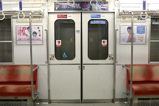 Osaka Metro 10A系 客用ドア