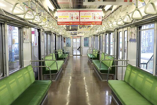 東武10030系50番台 車内デザイン