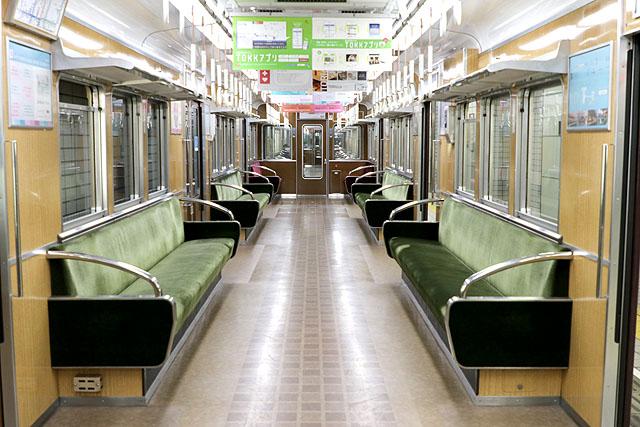 阪急3300系(初期リニューアル車)車内デザイン