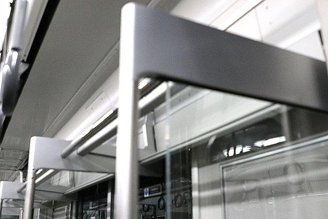 相鉄20000系 荷棚