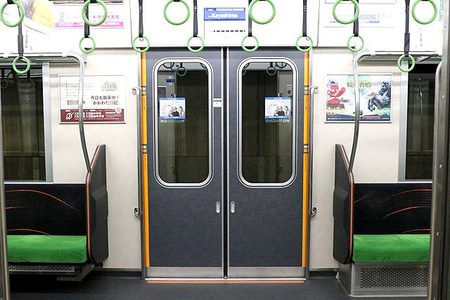 京阪13000系(2016年~増備車)客用ドア