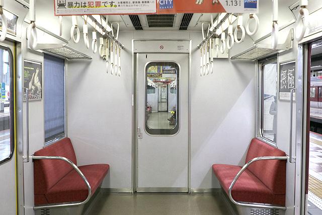 近鉄2610系(X12編成)貫通路