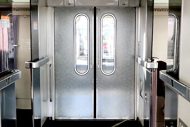 JR東海373系 客用ドア
