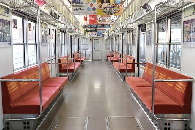 Osaka Metro 20系 車内デザイン