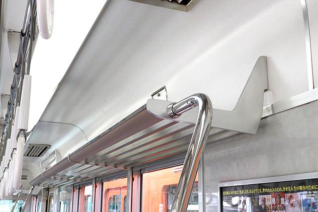 阪神8000系(タイプⅣ)荷棚