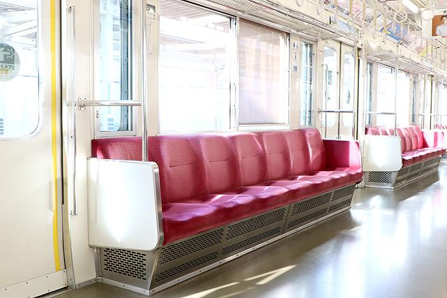 小田急1000形(未更新車)座席、袖仕切り、カーテン