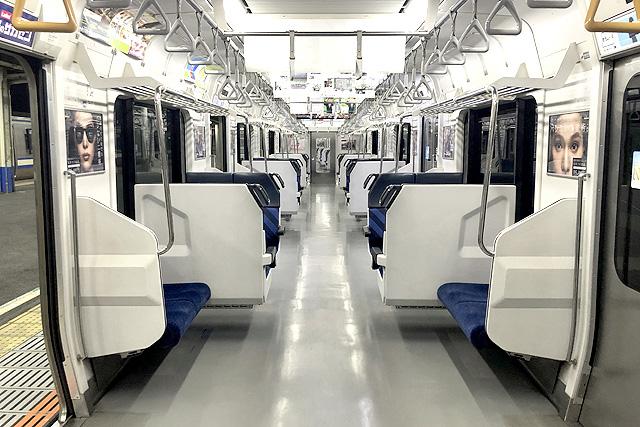 jr東日本217系 車内(セミクロスシート車)