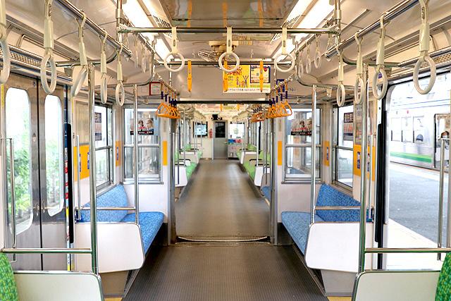 養老鉄道7700系(2両編成)貫通路