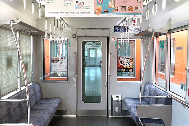 阪神8000系(タイプⅣ)貫通路
