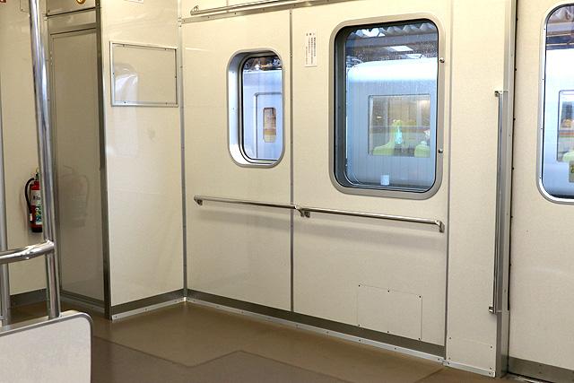 西武4000系 車いすスペース