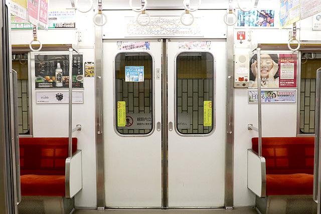 名古屋市営地下鉄5050形 客用ドア