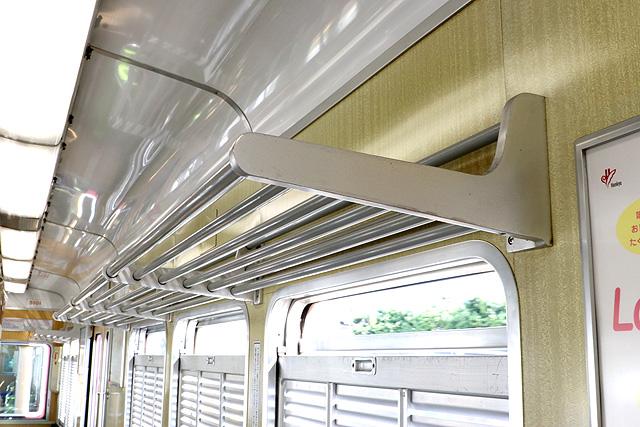 阪急5100系 荷棚