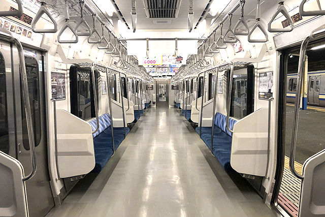 JR東日本E217系 車内デザイン