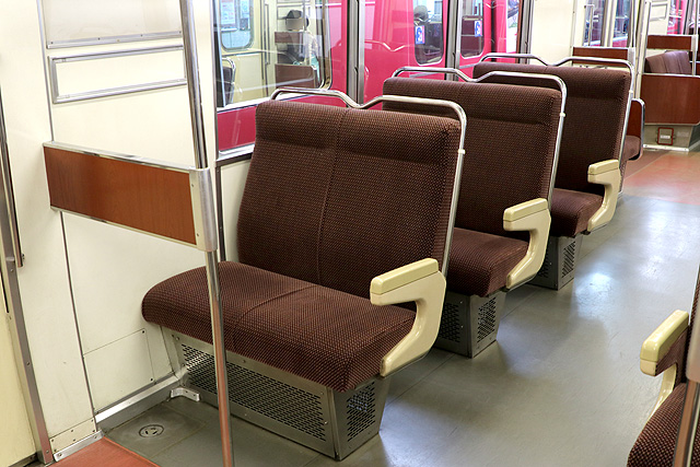 名鉄6800系(3・4次車)座席 固定クロスシート
