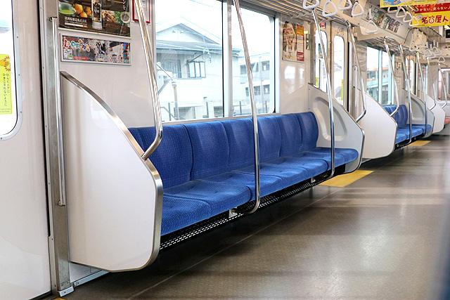 名古屋市営地下鉄N3000形(ステンレス車) 座席、袖仕切り、スタンションポール