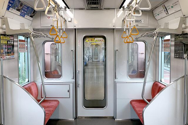 名古屋市営地下鉄N3000形(ステンレス車) 貫通路