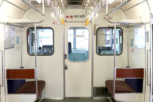 名鉄6000系(9次車)乗務員室背面