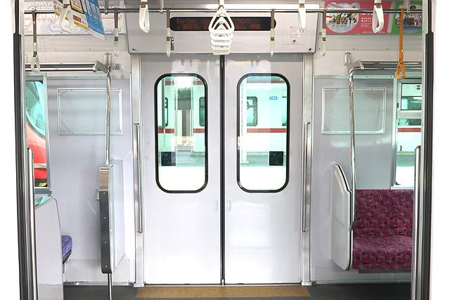 名鉄2300系 客用ドア
