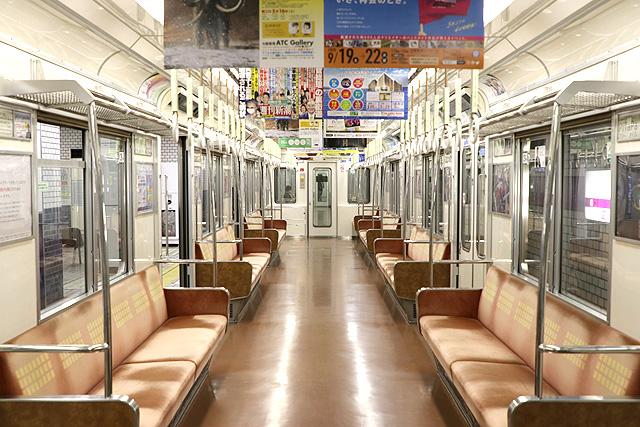 Osaka Metro 22系(最終増備車)車内デザイン