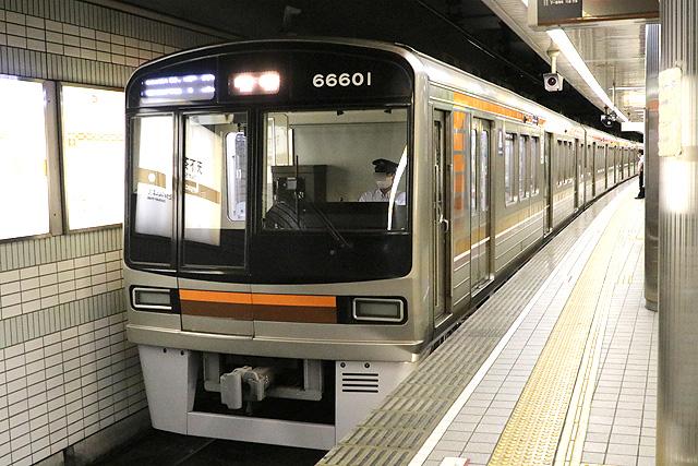 OsakaMetro 66系内装リニューアル車