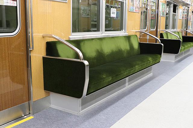 北大阪急行8000形(リニューアル・06編成)座席、袖仕切り