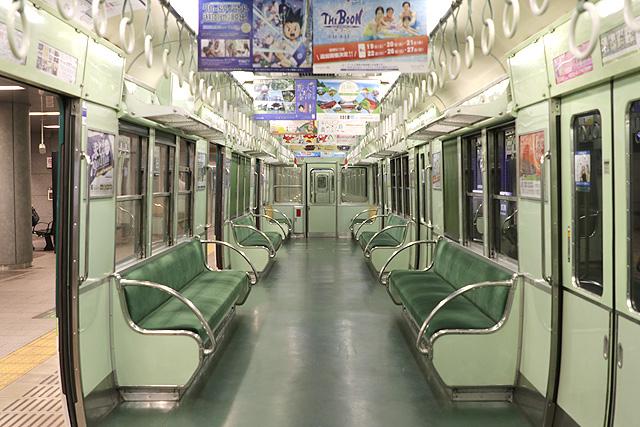 京阪2200系 後期車 車内デザイン