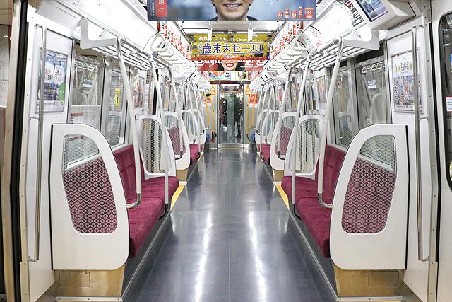 都営地下鉄12-600形(3次車)車内デザイン