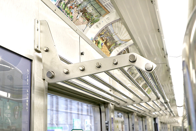 神戸市営地下鉄1000形(1000-02形)荷棚
