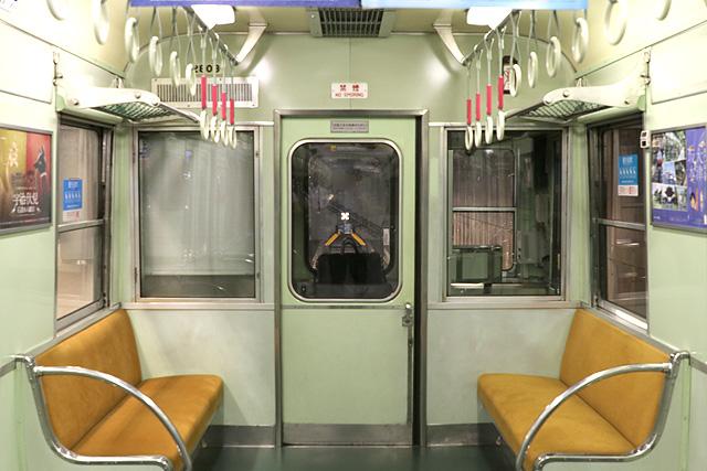 京阪2600系 乗務員室背面
