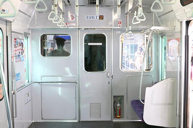 名鉄3150系(3次車)乗務員室背面、号車表示器