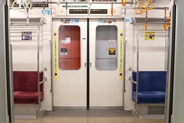 東京メトロ02系80番台 客用ドア