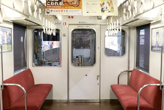 近鉄2410系(初期B更新車)乗務員室背面