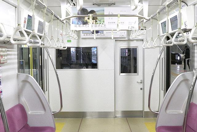 京王1000系(5・6次車)乗務員室背面