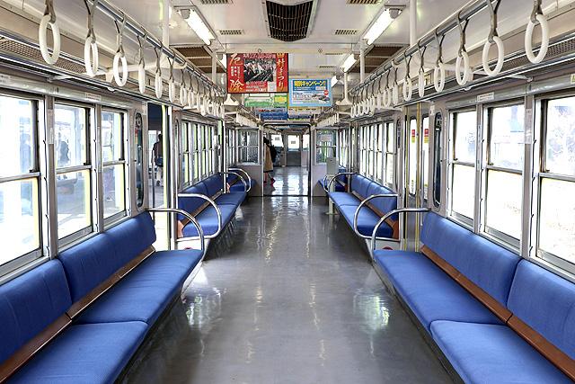 近江鉄道800系 車内デザイン