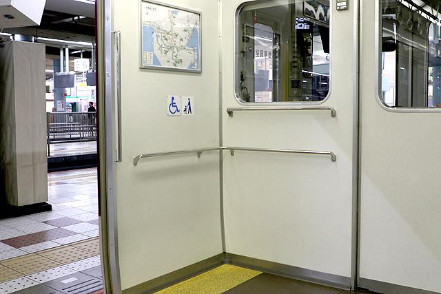 近鉄1620系 車いすスペース
