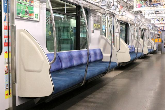 東急5000系7次車 座席モケット2