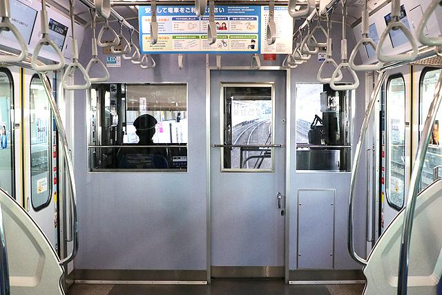 東急5000系(7次車)乗務員室背面